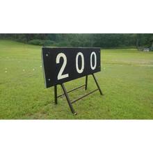 ゴルフ練習場向け ゴムチップ製ヤード表示板 製品画像