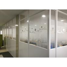 【アクリル樹脂加工事例】屋内パーティションの透明窓部 製品画像