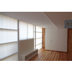 【ブラインド施工事例】暑さの元はカット、室内に柔らかい光を拡散 製品画像