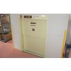 【小荷物専用昇降機 設置事例】倉庫から事務所に荷物を昇降/大阪府 製品画像