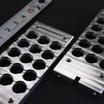 精密電子部品の搬送用パレット/ステンレス(SUS430)を使用 製品画像