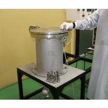 金型、ノズル、ダイス等を装置に入れるだけで簡単に圧力洗浄が可能 製品画像