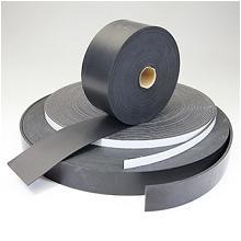 ゴムシートの紐形状へのスリット加工品 製品画像