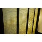 和紙の魅力を活かした「和紙ラミネートガラス」スラドドア施工事例 製品画像