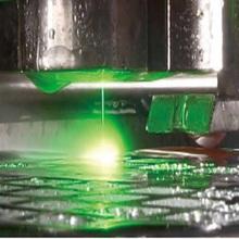難削材への高精度加工を実現!レーザーマイクロジェットのご紹介。 製品画像