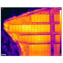 【兵庫県】太陽光発電所のドローン点検 製品画像