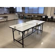 飛沫感染防止用透明樹脂パネル(食堂向け、金具固定タイプ) 製品画像