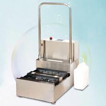 流水式 靴底洗浄装置 両足タイプ『KSW-BSS01』 製品画像