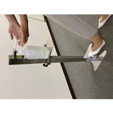 『フットペダル式 消毒液噴霧器スタンド』 製品画像