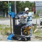 自走式小型ボーリングマシン『クローラドリル zekeR』 製品画像