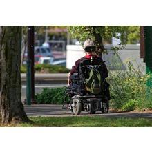 アキシャルギャップ型モータ 想定用途事例 電動車椅子 製品画像