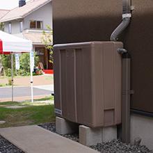 雨水をタンクにためて再利用する「雨水槽 地上設置型」 製品画像