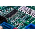 0402サイズの電子部品の表面実装 プリント基板実装 製品画像