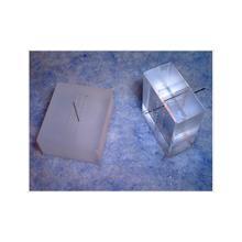 石英ガラスのΦ0.3のロング孔加工 Φ0.3×9mm貫通孔 製品画像