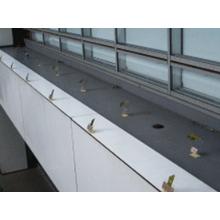 【鳥害対策サービス事例】その他(港湾設備・学校等) 製品画像