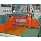 横チャック式自動送り定寸装置付丸鋸切断機 UCA250-CHMS 製品画像