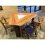 【納入事例:飲食店テーブル】三角テーブルSmile60° 製品画像