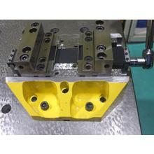 5軸高精度クランプ 製品画像