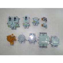 船舶用レセプタクル・プラグ各種配線器具 製品画像