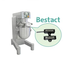【採用事例】食品機械 自動餅つき機のセパレート型磁気近接スイッチ 製品画像
