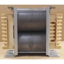 コイルボビン式巻鉄心変圧器 NCWトランス(縦置き型) 製品画像