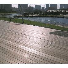 横浜/大さん橋ふ頭 ウッドデッキ改修事例「ウッドレスキュー」 製品画像