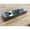 【SS400加工品】フライス6F+穴あけ+C面取り|金属加工事例 製品画像