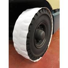 フォークリフト等の車両による『タイヤ痕汚れ』を防ぐ 製品画像