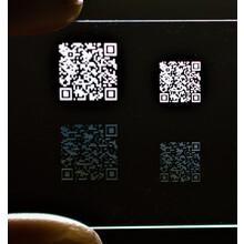 【QRコード 超短パルスレーザー ガラス表面・内部改質加工】 製品画像