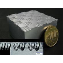 ミクロン精度に特化した加工技術 微細加工 製品画像
