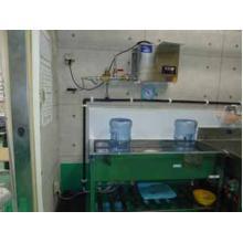 【オゾン水生成機 導入事例】ガロンボトル、キャップ等の洗浄・除菌 製品画像