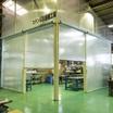 ZIP付ロールスクリーンで造る工場内ブース・クリーンブース 製品画像