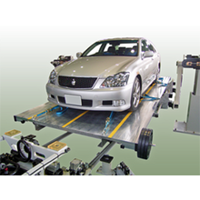 乗用車の『重心高・慣性モーメント測定受託試験』 製品画像