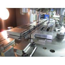 単発加工製品用順送プレス金型 T2011-1 製品画像