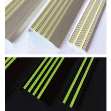 超高輝度PLCアルミ製ノンスリップ『Hyper α-STEP』 製品画像