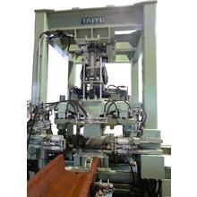 鋼矢板洗浄・曲り矯正機械 製品画像