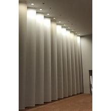 ロールスクリーン施工事例|名取市文化会館 ホワイエ 製品画像